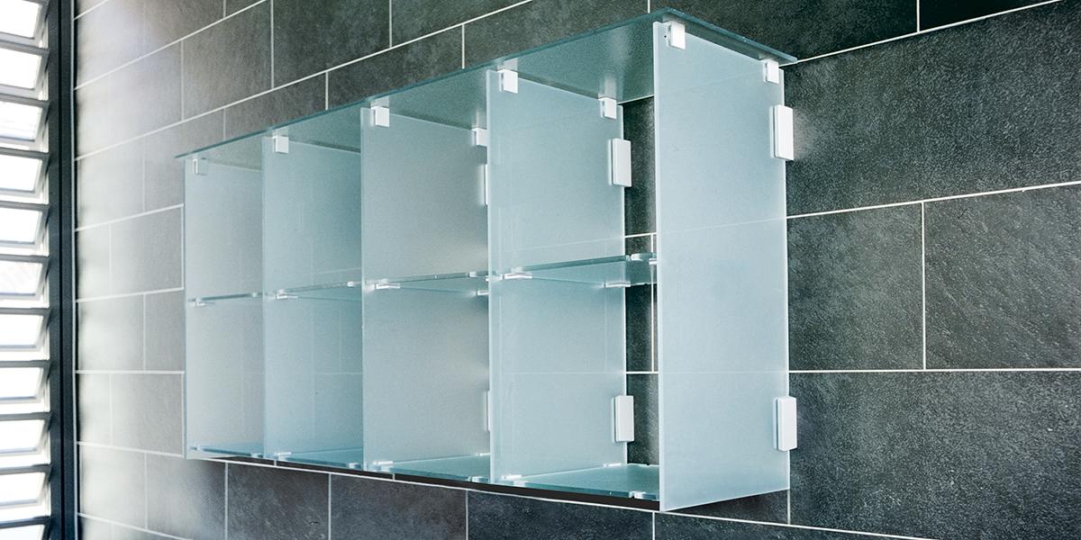 kemmlit sanit reinrichtungen regale aus glas. Black Bedroom Furniture Sets. Home Design Ideas