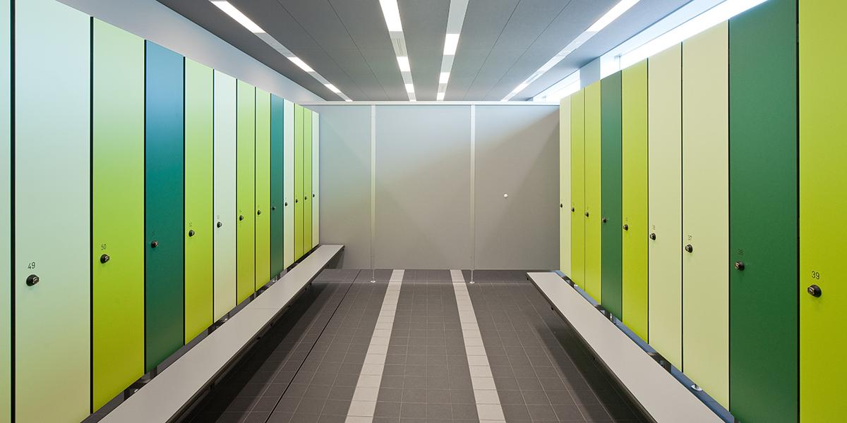 KEMMLIT Sanitäreinrichtungen: IXOS P - Garderobenschränke ...